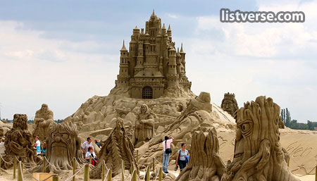 Top Amazing Sandcastles Listverse - The 10 coolest sandcastle competitions in the world